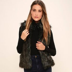 BB Dakota Black Faux Fur Vest Size Small